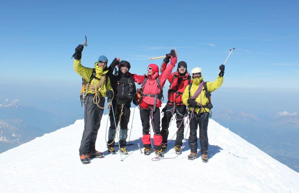 Gisèle Lafond - Montagne et Diabète 2010 - Ascension Mont Blanc et Dôme des Ecrins